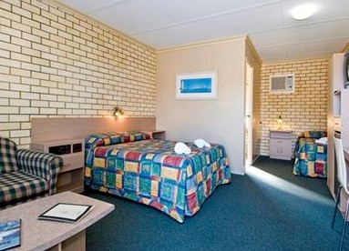 Econo Lodge Fraser Gateway - Tourism Caloundra