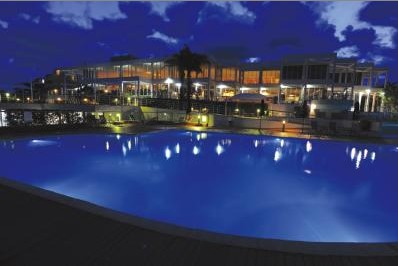 Absolute Beachfront Opal Cove Resort - Tourism Caloundra