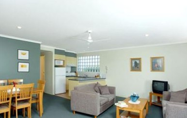 Beaches Holiday Resort - Tourism Caloundra