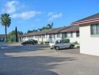 Hanging Rock Family Motel - Tourism Caloundra