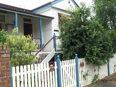 Eskdale Bed And Breakfast - Tourism Caloundra