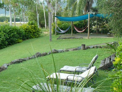 Backpackers By The Bay
