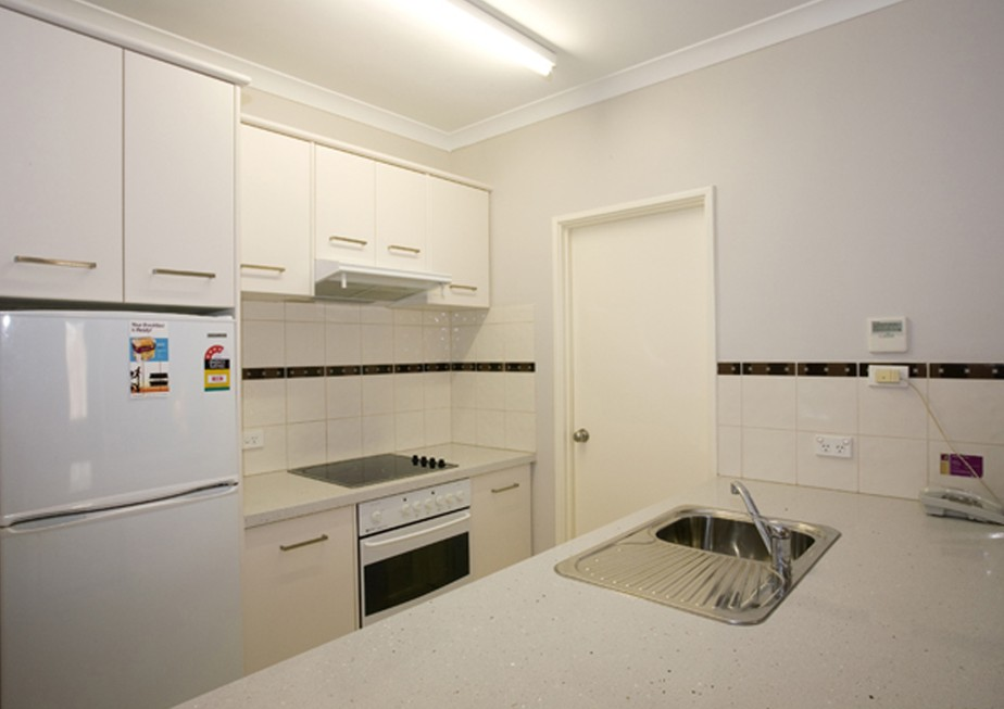 Regal Apartments - Tourism Caloundra
