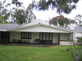 Naracoorte Cottages - Pinkerton Hill - Tourism Caloundra