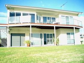 Swanport Views Holiday Home - Tourism Caloundra