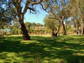 Jacobs Creek Retreat at Moorooroo Park - Tourism Caloundra