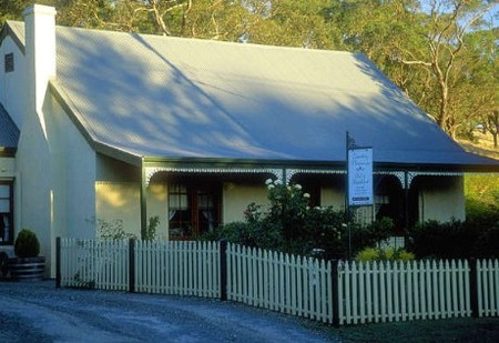 Country Pleasures Bed and Breakfast - Tourism Caloundra