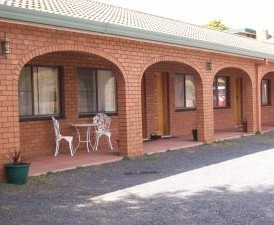 Cooma Country Club Motor Inn - Tourism Caloundra