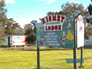 Kismet Riverside Lodge - Tourism Caloundra