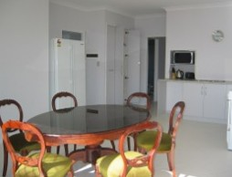 Olas Holiday House - Tourism Caloundra