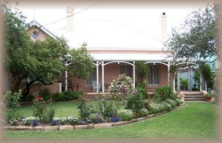 Guy House Bed and Breakfast - Tourism Caloundra
