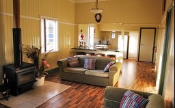Lee Farmstay - Tourism Caloundra