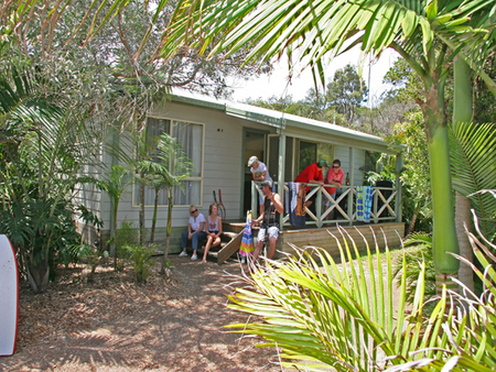 One Mile Beach Holiday Park - Tourism Caloundra