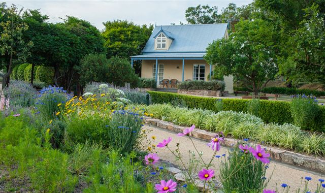 Vineyard Cottages and Cafe - Tourism Caloundra