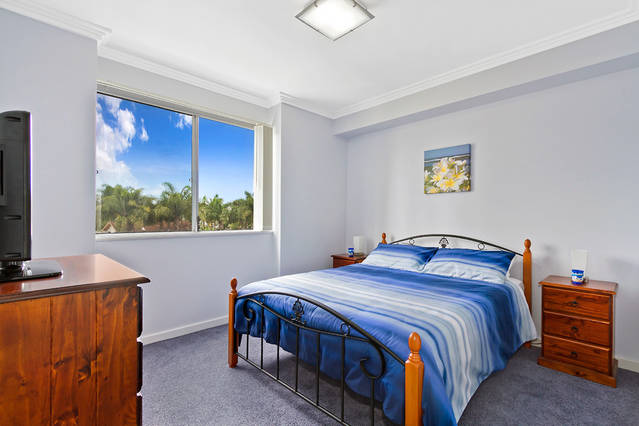 Lakeside Waterfront Apartment 18 - Tourism Caloundra