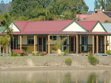 Coachhouse Marina Resort Batemans Bay - Tourism Caloundra