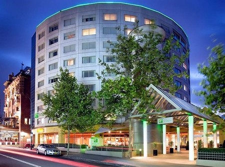 Holiday Inn Potts Point - Tourism Caloundra