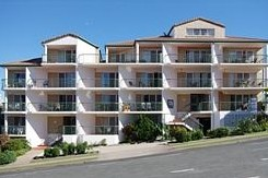 Whitecaps Holiday Apartments - Tourism Caloundra