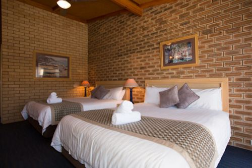 The Town House Motor Inn - Sundowner Goondiwindi - Tourism Caloundra