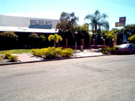 Royal Hotel Resort - Tourism Caloundra