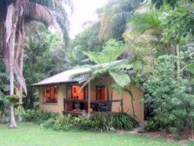 Cottages On The Creek - Tourism Caloundra