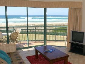 Currumbin Sands Holiday Apartments - Tourism Caloundra
