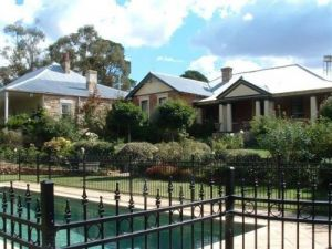 Chapel House - Tourism Caloundra