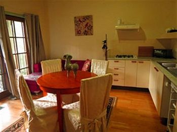Barrington Wilderness Cedar Lodge Accommodation - Tourism Caloundra