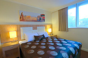 Park Squire Motor Inn and Serviced Apartments - Tourism Caloundra