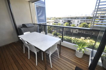 Camperdown 608 St Furnished Apartment - Tourism Caloundra