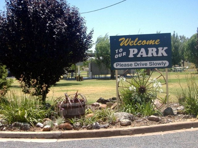Country Club Caravan Park - Tourism Caloundra