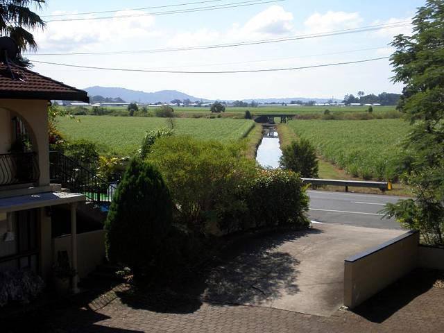 Poinciana Motel - Tourism Caloundra