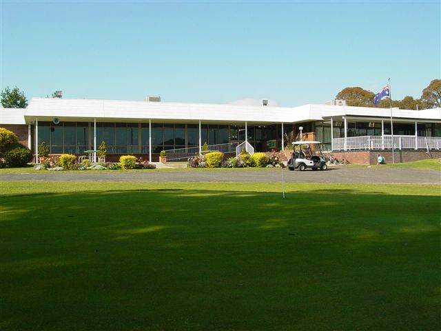 Tenterfield Golf Club and Fairways Lodge - Tourism Caloundra