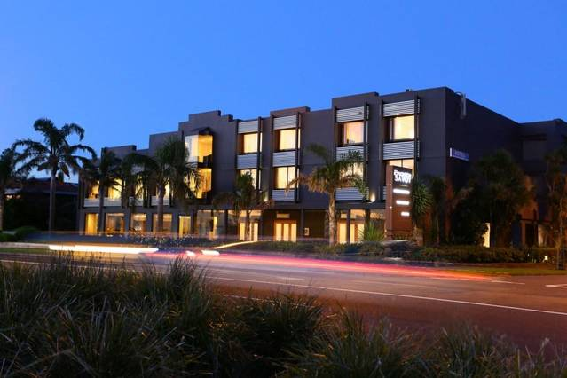 The Brighton Savoy Hotel - Tourism Caloundra