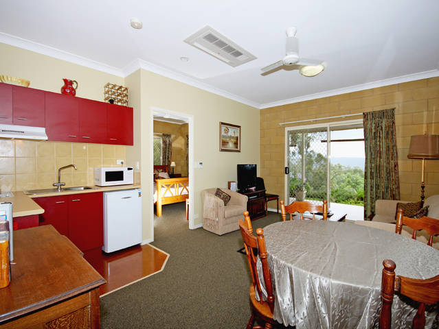 Wallaby Ridge Retreat - Tourism Caloundra