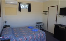 Bluey Motel - Lightning Ridge - Tourism Caloundra