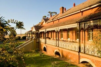 Hermitage Hill Resort And Conference Centre - Tourism Caloundra