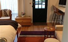 Milo's Bed and Breakfast - Tourism Caloundra
