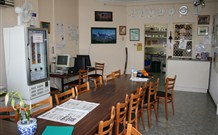 The Entrance Backpackers - Tourism Caloundra