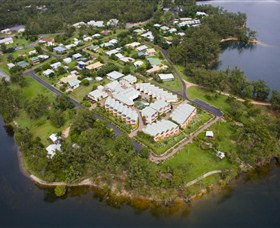 Tinaroo Lake Resort - Tourism Caloundra