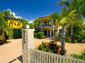 While Away Bed and Breakfast - Tourism Caloundra