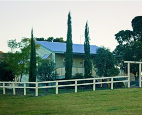 Milford Country Cottages - Tourism Caloundra