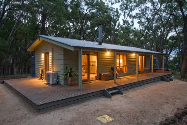 Mirkwood Forest Self-Contained Spa Cottages - Tourism Caloundra