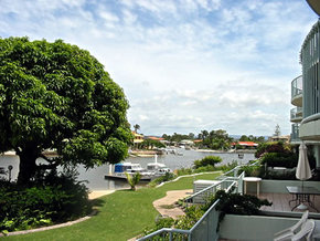 Runaway Cove Luxury Apartments - Tourism Caloundra