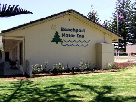 Beachport Motor Inn - Tourism Caloundra