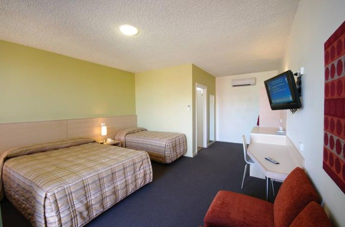 Adelaide Road Motor Lodge - Tourism Caloundra