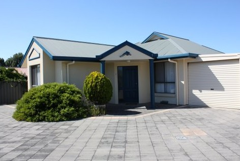 Robe Dolphin Court Apartments - Tourism Caloundra