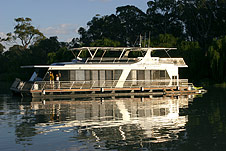 Whitewater Houseboat - Tourism Caloundra