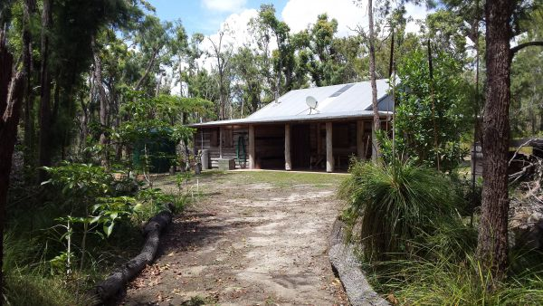 Byfield Cabins on Waterpark Creek - Tourism Caloundra