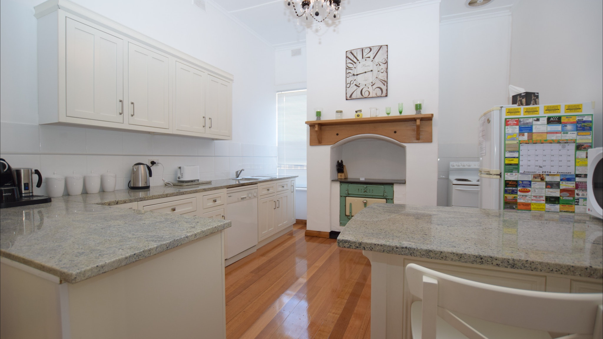 The Provincial Bed  Breakfast - Tourism Caloundra